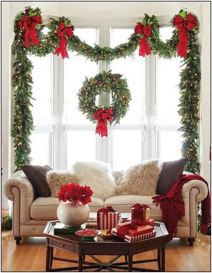 175 warm and welcoming christmas decorated entryway ideas page 2 | Homydepot.com #entrywayideas