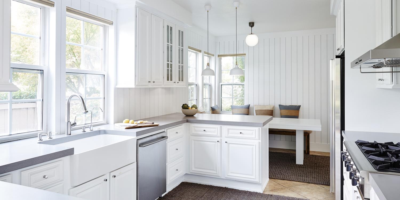 Vertical Shiplap Kitchen Backsplash In 2020 Shiplap Kitchen Home Kitchens Kitchen
