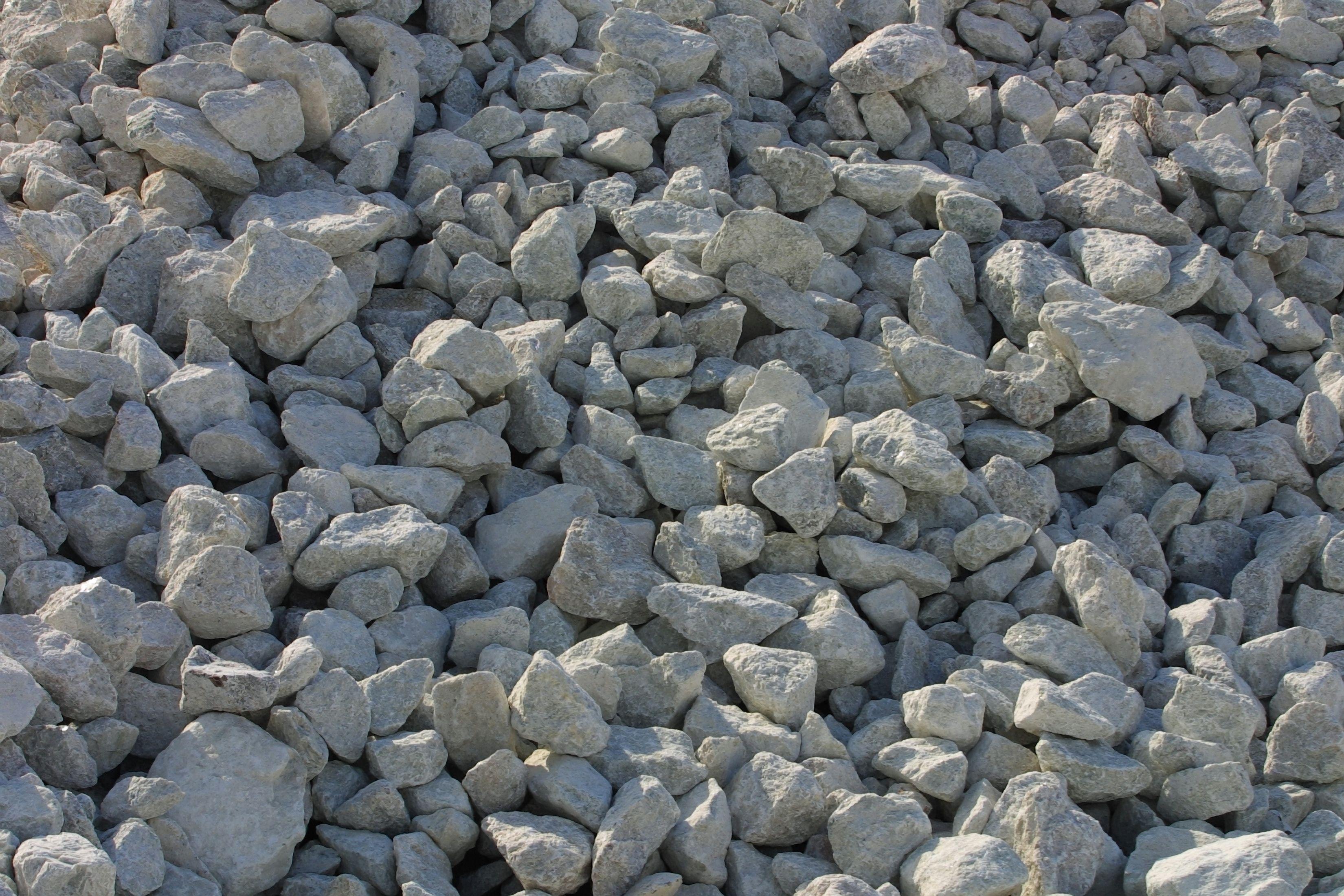 DoitYourself Rock Crushers Backyard drainage, Gravel
