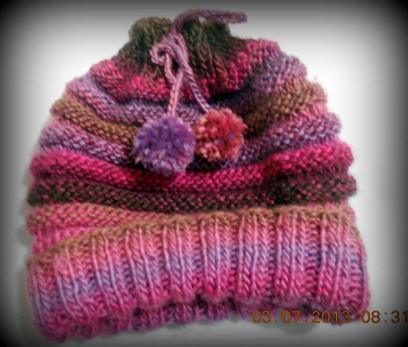 91c3839579a32 Hoje trago este Gorro Gola que foi feito pela mãe (estou aprendendo tricô  com ela). Foi feito através do passo a passo d.