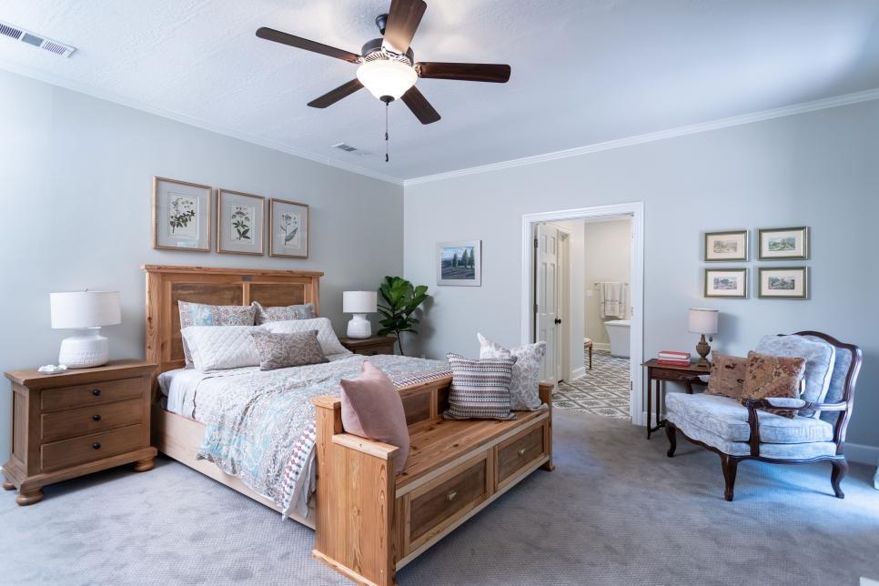 30 Hgtv Bedroom Makeovers Hgtv Home Town Hgtv Home Decor Bedroom