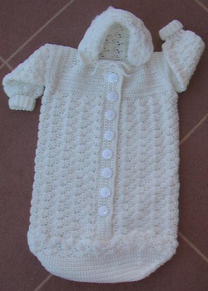 crochet baby bunting | Patrones de crochet, Patrón de ganchillo y ...
