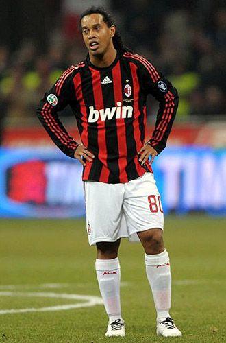 Ronaldinho con AC Milan   Sepak bola, Legenda, Dunia