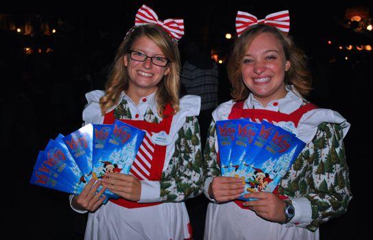 Top 10 Dinge, die Sie über Mickeys Frohe Weihnachtsfeier wissen müssen   – Mickeys Christmas party