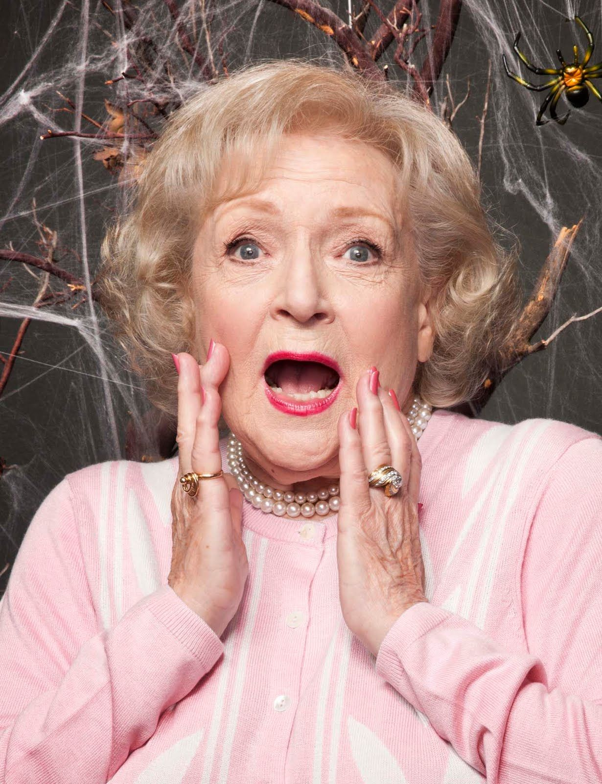 betty white gif