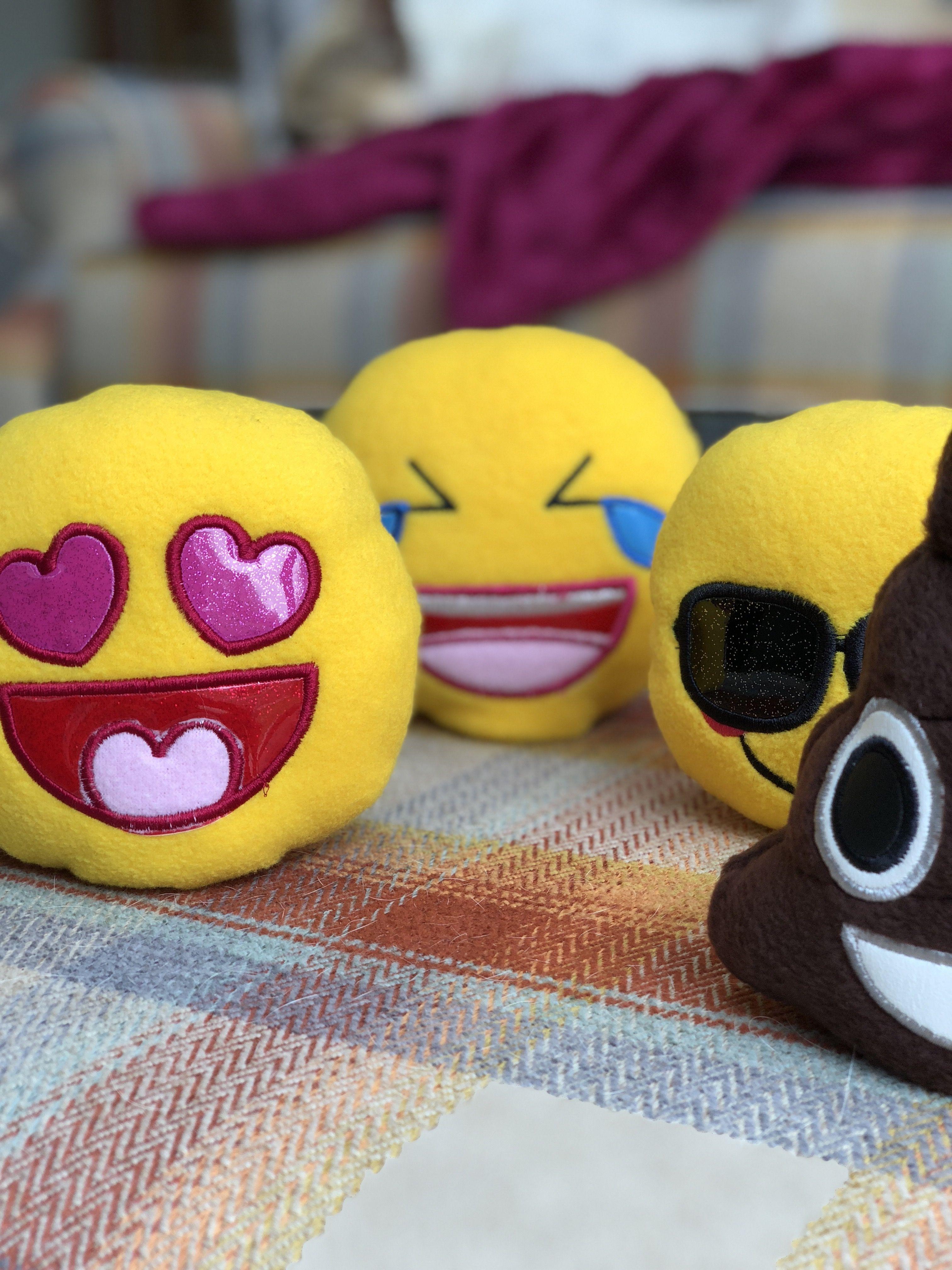 Cute Emoji Dog Toys Soft Toy Dog
