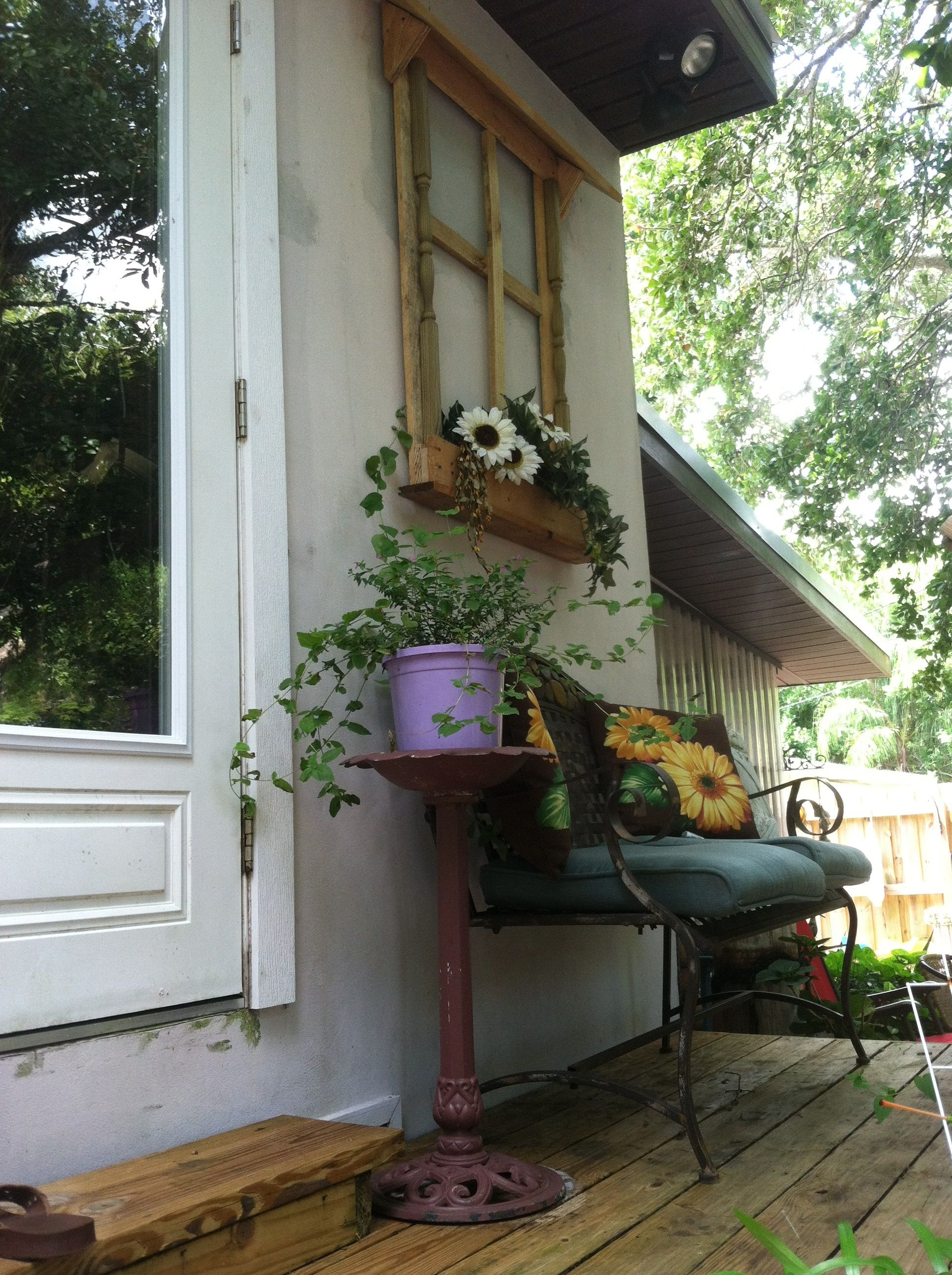 Watch How to Dress up a Porch video