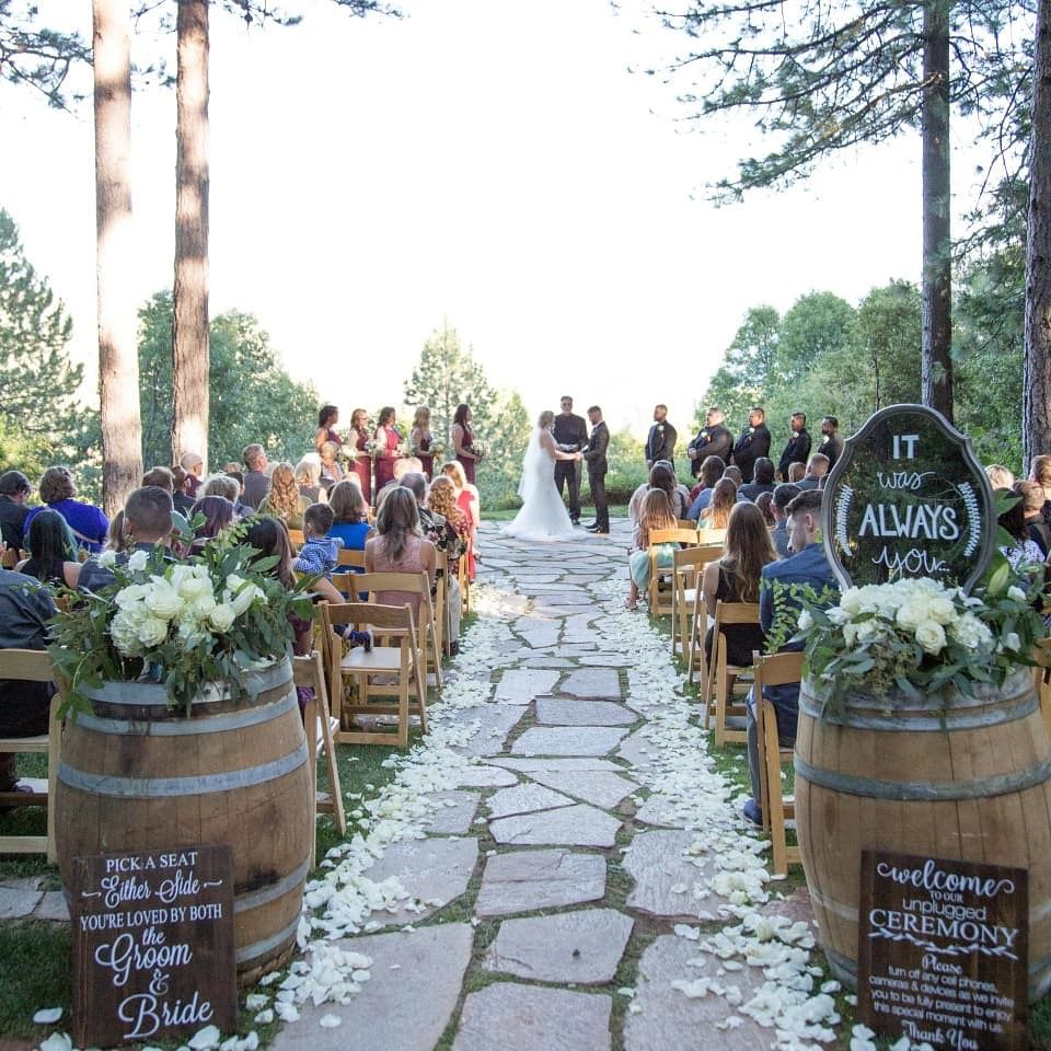Wedding Ceremony Sites: Pin By Forest House Lodge On Outdoor Ceremony Site In 2019
