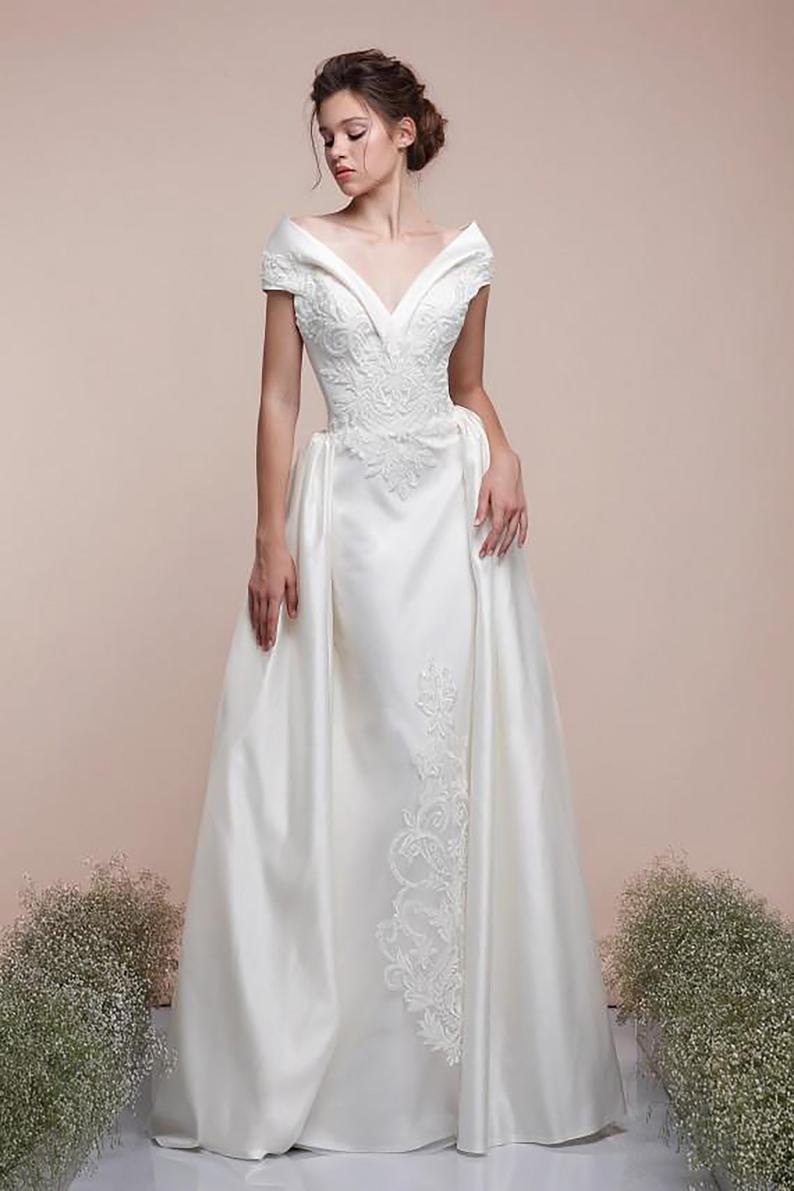 Sheath Wedding Gown With Train Detachable Skirt Wedding
