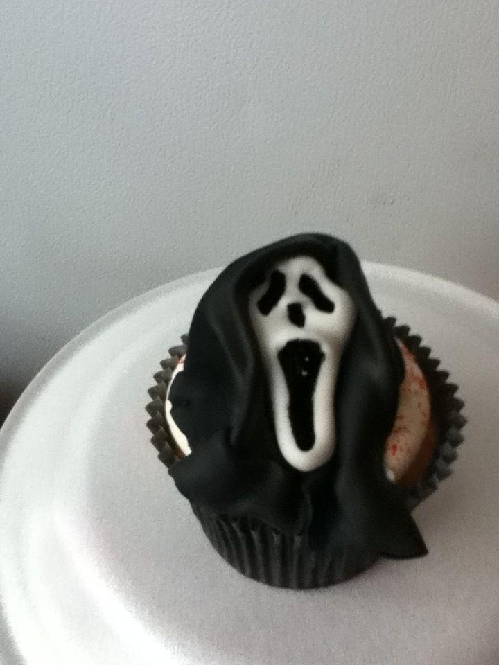 Scream Mask Cupcake