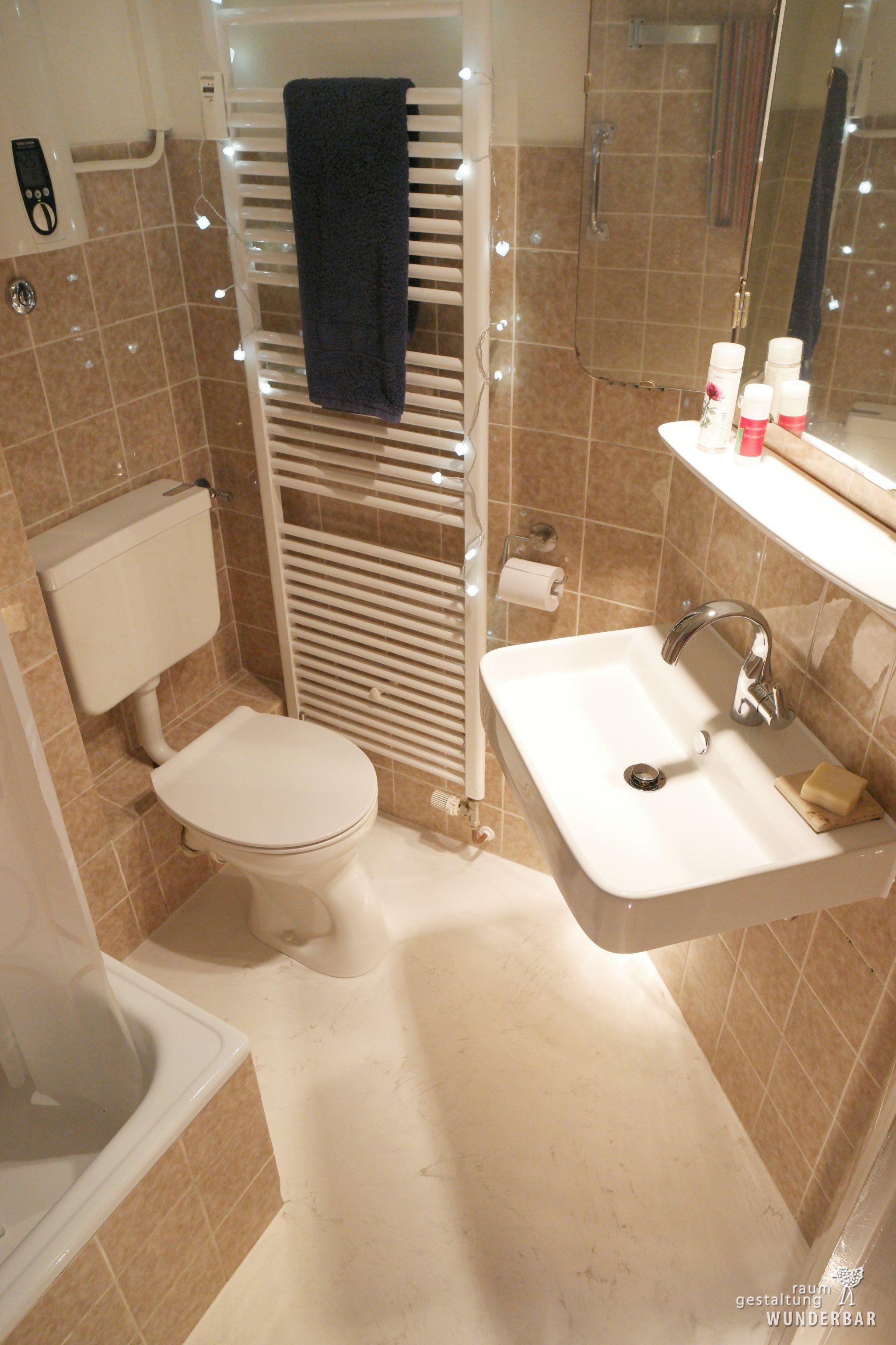 Im Badezimmer badezimmer klein fein renovieren boden