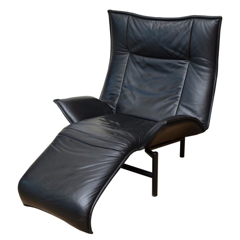 Italian vico magistretti by cassina leather lounge chair for Chaise lounge cassina