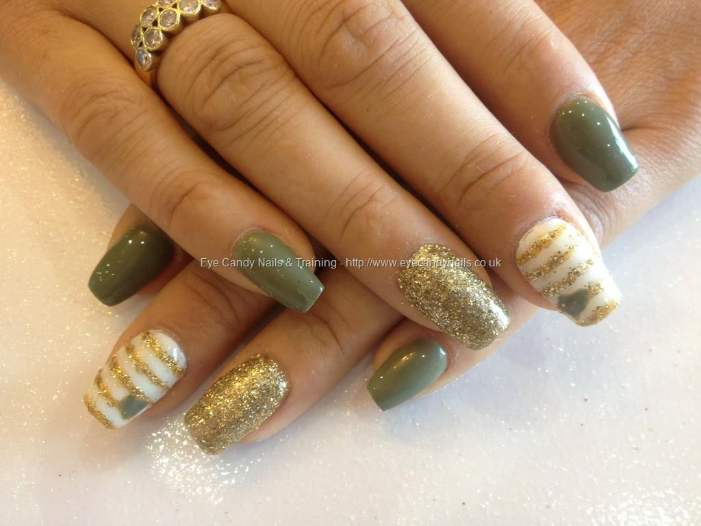acrylic nails with sage green, gold glitter and white | body art