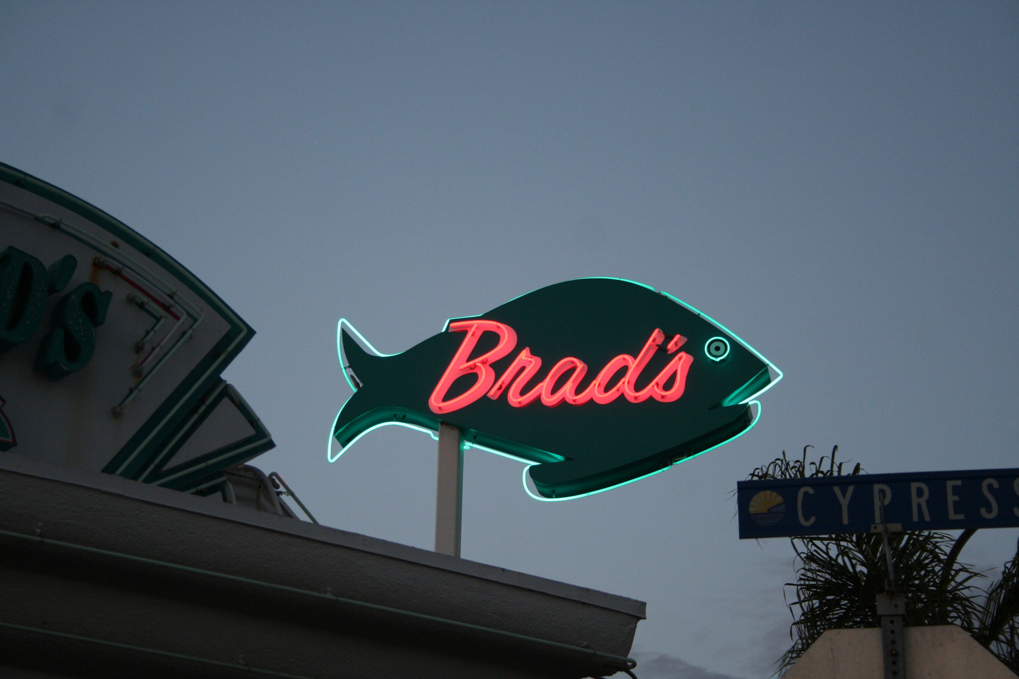 Are You Surprised A Seafood Restaurant In Pismo Beach Ca Pismo Beach Beach Neon Signs