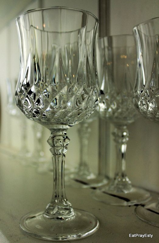 Vintage 1950 French Lead Crystal Wine Glasses Diamond Pattern