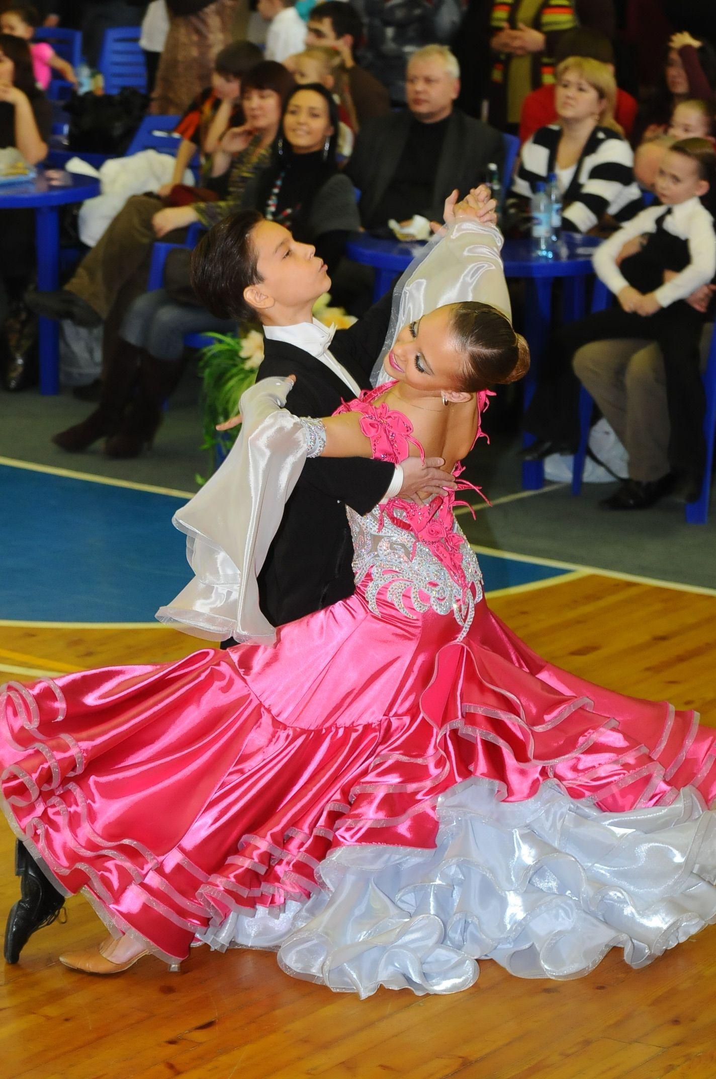 Спортивные бальные танцы доска объявлений ээг у детей новокосино новогиреево свежие вакансии