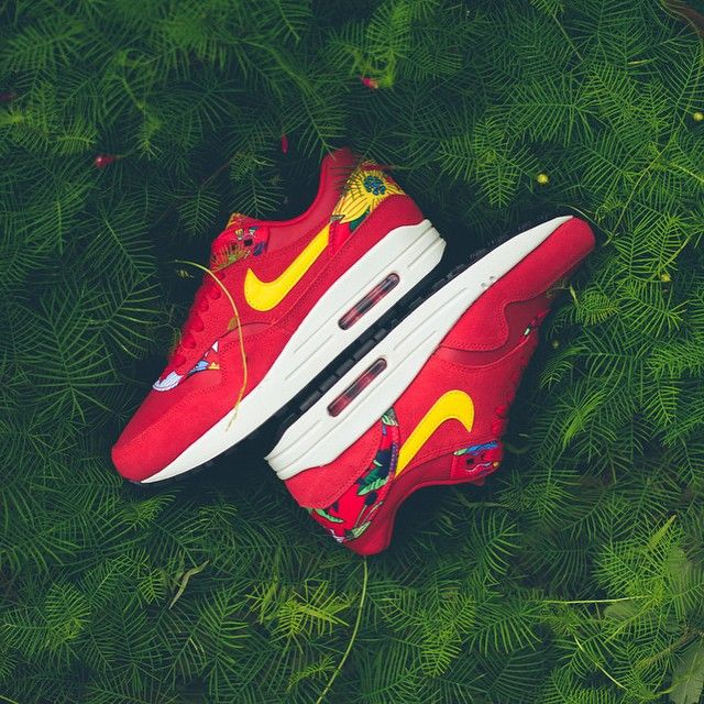 Nike Wmns Air Max 1 Print 'Aloha' Red | More Sneakers