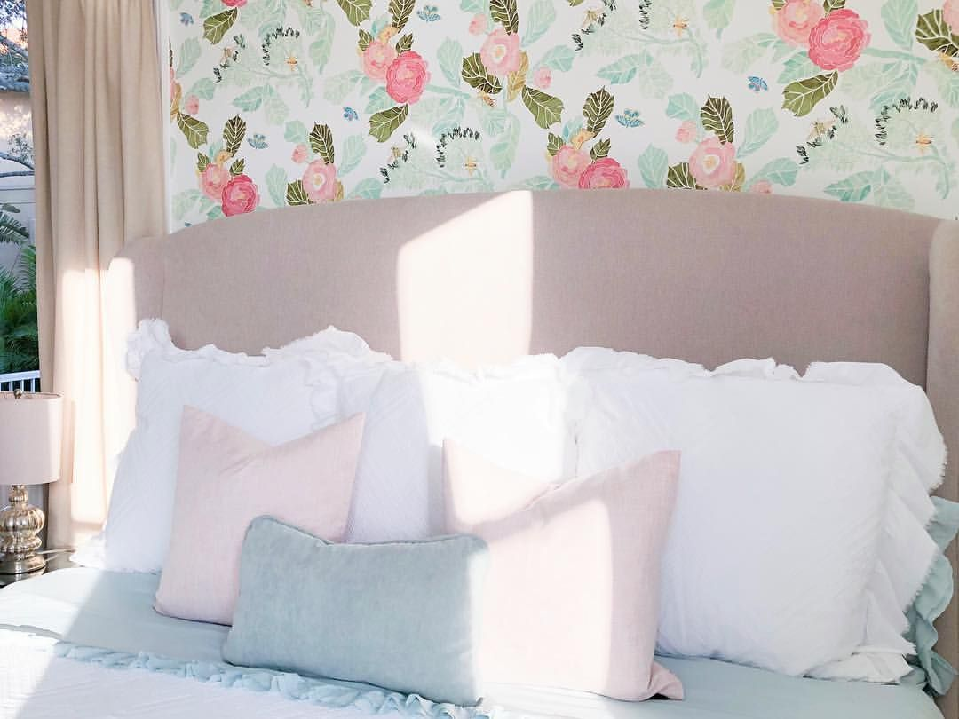 Anthropologie Wallpaper Neutral Bedding Pink Bedroom Girly
