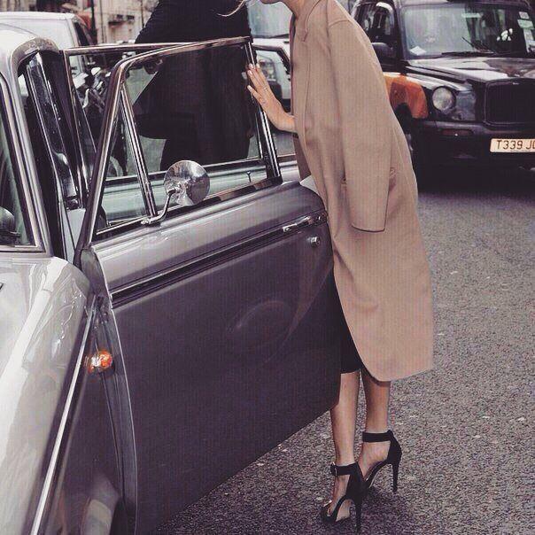 #fashion #fashionable #instafashion #fashiondiaries #fashionstyle #fashionstudy #fashionblogger #outfit #shoes #highheels #heels #stilettos #boots #footwear #sandals #brogues #laces #instashoes #shoesoftheday #platforms #shoe #car by bonbon_chic