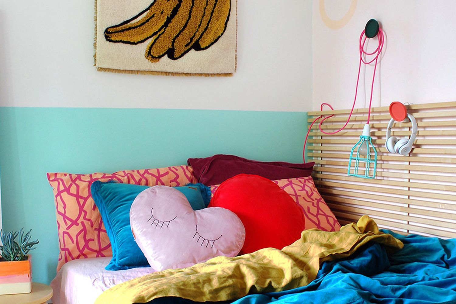 Smart U0026 Stylish Design Tips From An Extremely Tiny Bedroom U2014 My Room