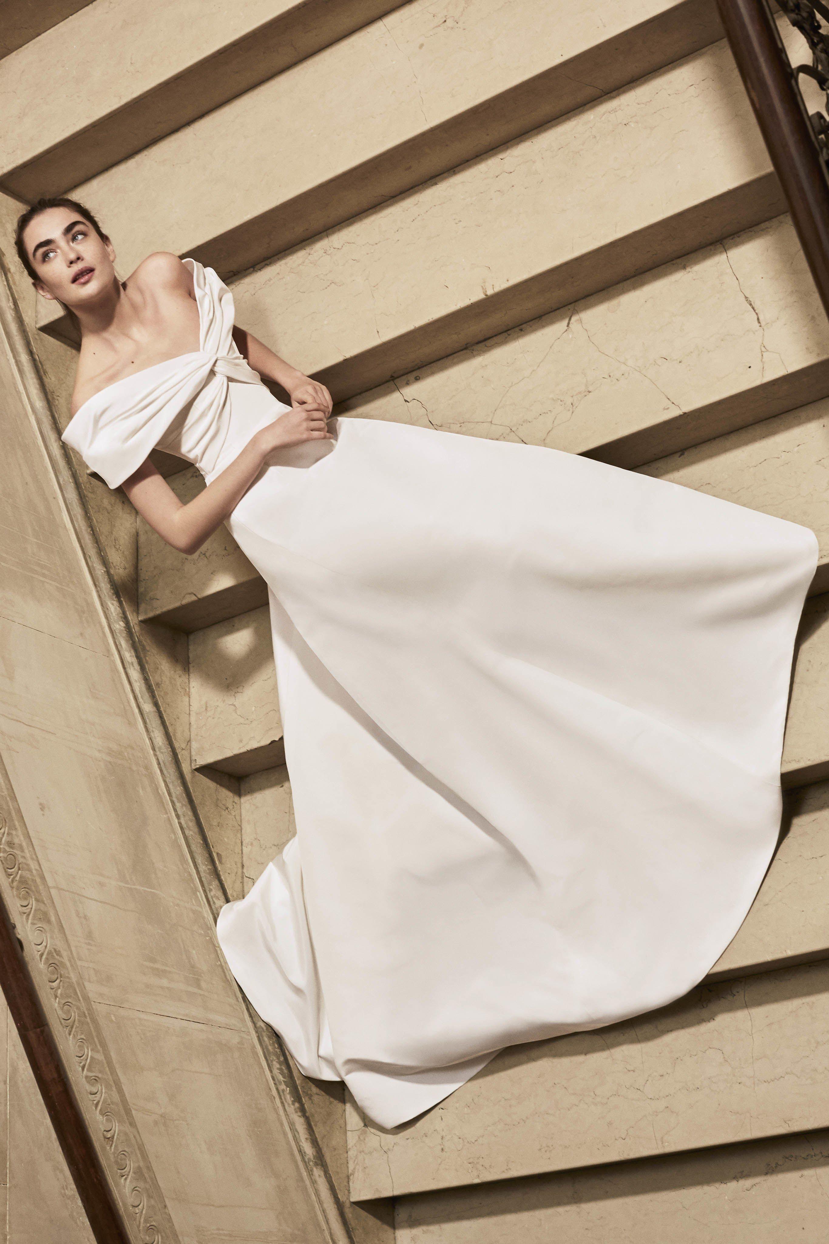 foto Carolina Herrera Spring 2019 Bridal Collection