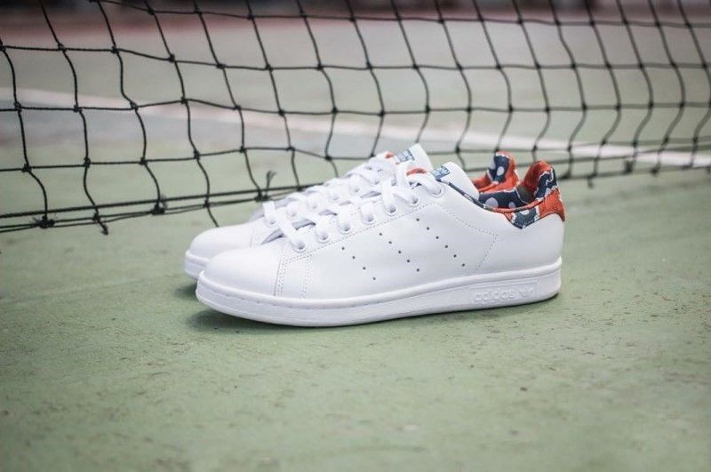094f21ef6f4c1 Adidas Originals STAN SMITH Women's Shoes White Floral Casual ...