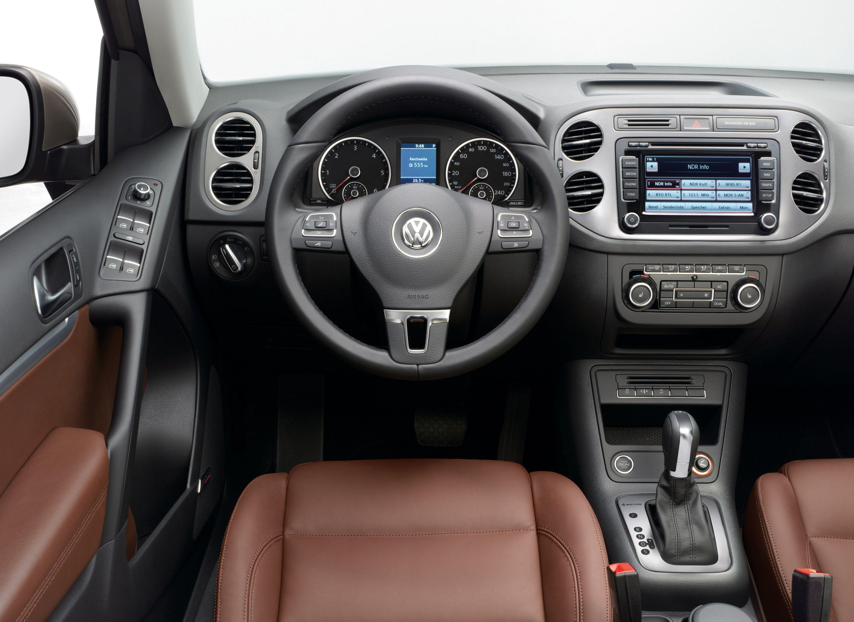 s volkswagen sedan jetta features photos naperville reviews price exterior