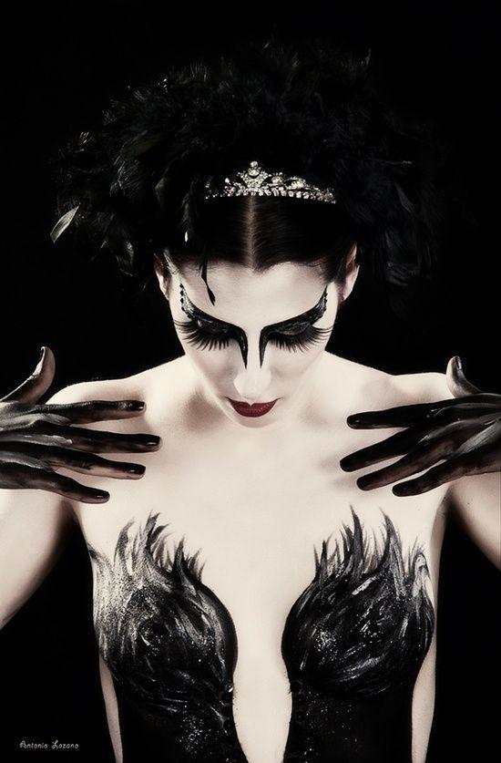 black swan makeup artistic chaos pinterest schwarzer. Black Bedroom Furniture Sets. Home Design Ideas