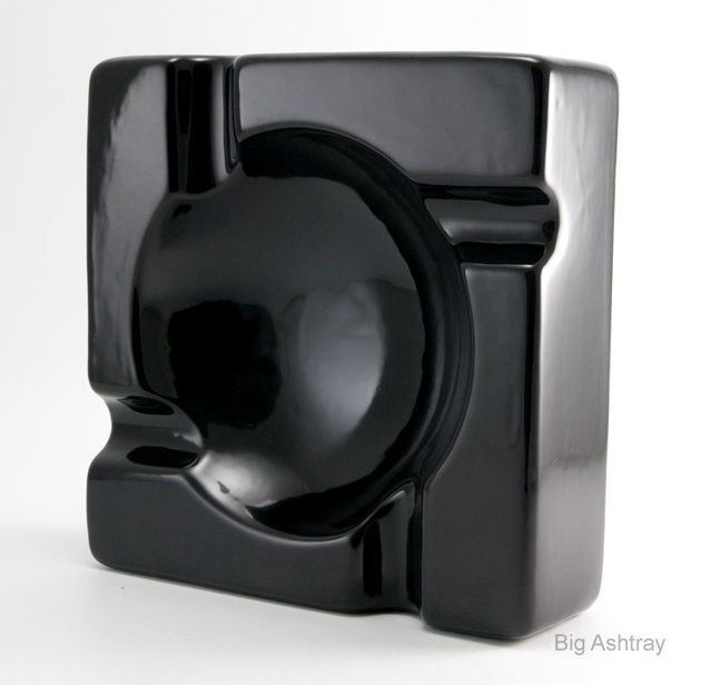 The big black cigar ashtray big ashtray