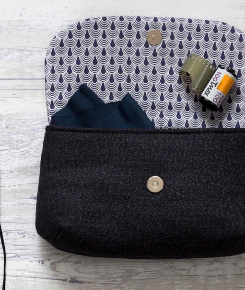 pochette couture pinterest pochette couture sac et couture. Black Bedroom Furniture Sets. Home Design Ideas