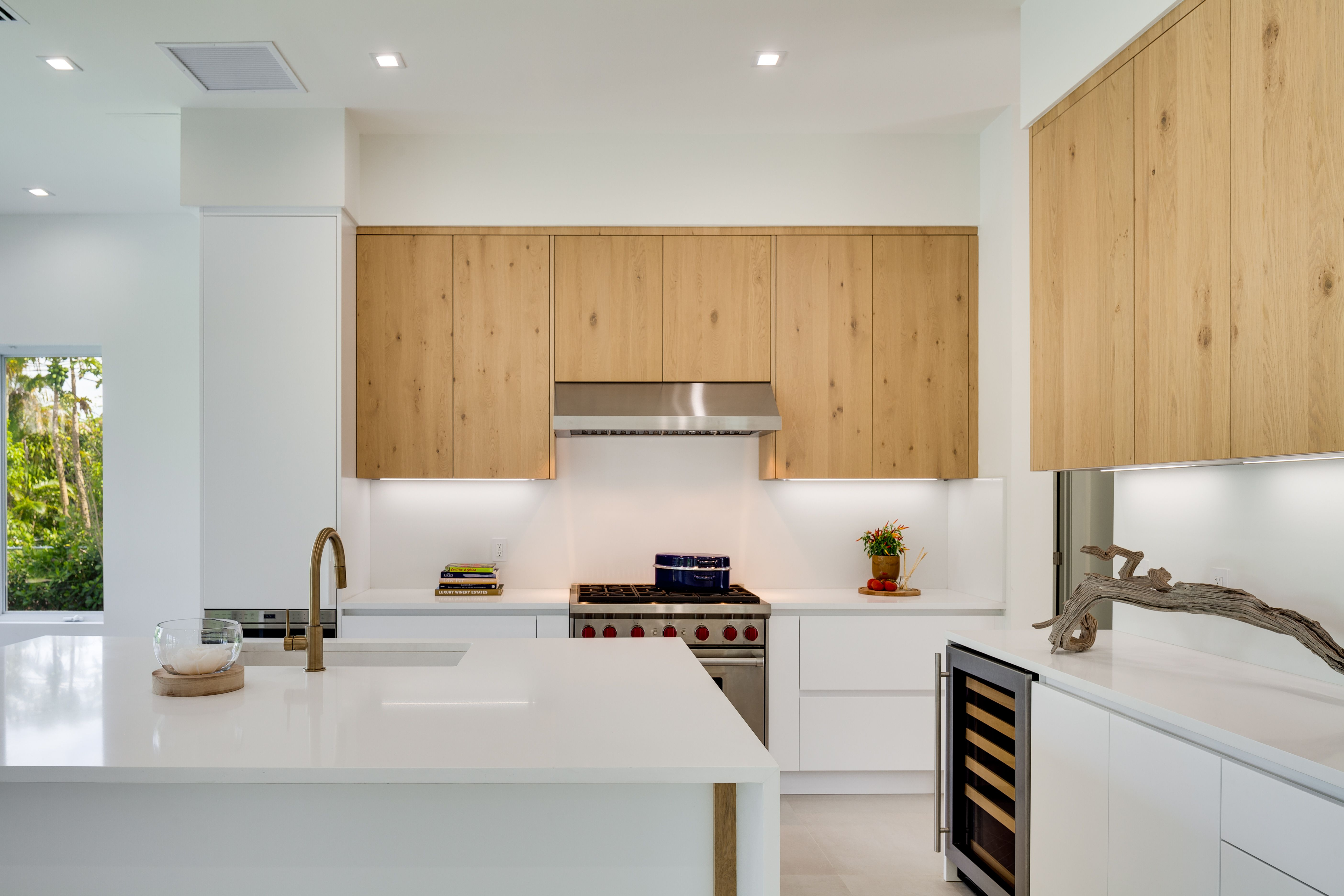 Italkraft Kitchens Kitchen Customdesign Luxuryrealestate Interiordesign Designer Italiandesign Kitchendesign Kitchen Custom Kitchens Kitchen And Bath