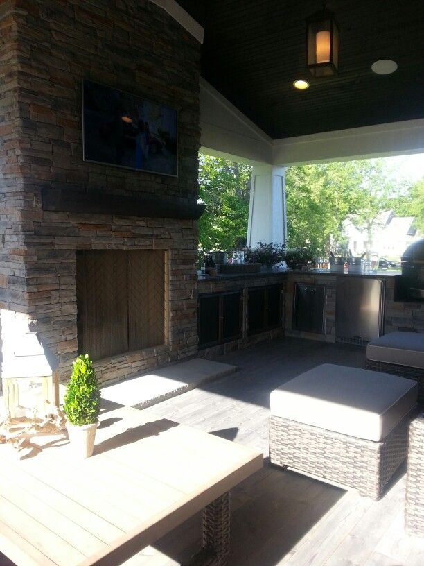 Outdoor covered patio fireplace kitchen   Outdoor covered ... on Covered Outdoor Kitchen With Fireplace id=65007
