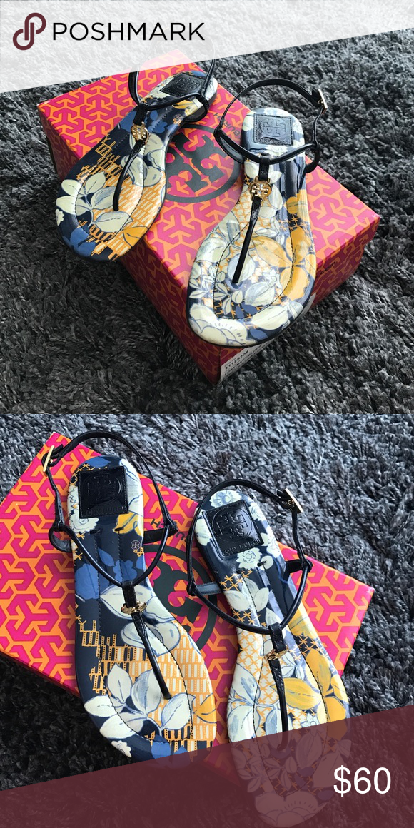 💙Tory Burch Sandals💙 Tory Burch Sandals navy patent. Perfect condition. Tory Burch Shoes Sandals