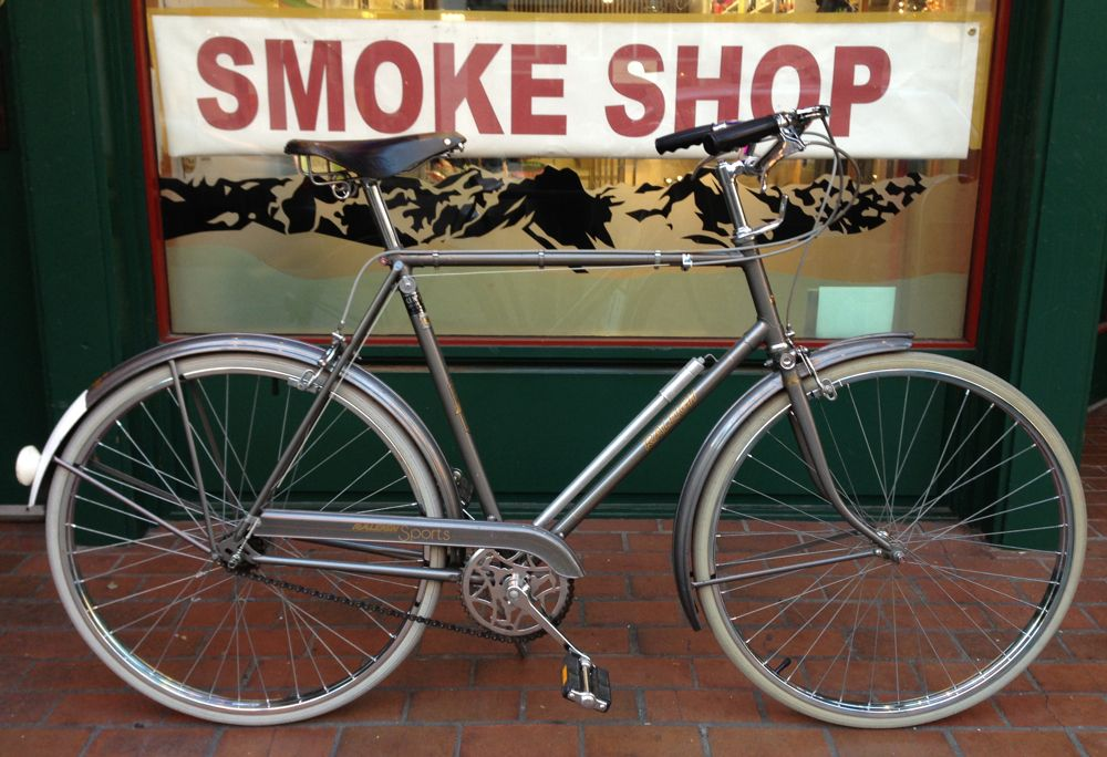 Vintage Raleigh Sports Bicycle From 1974 Raleigh Bikes Bicycle Look Bicycles