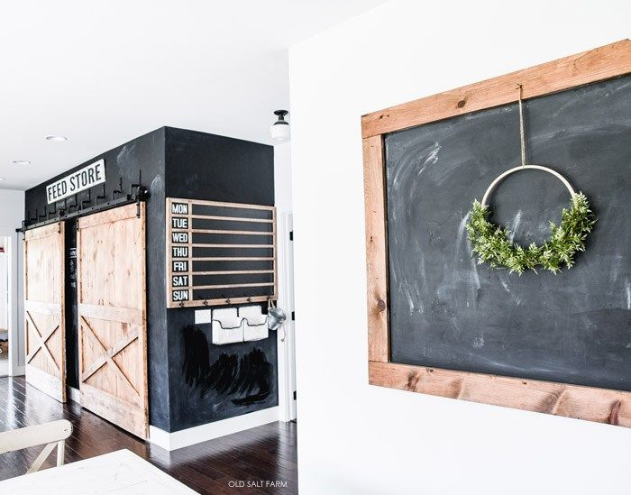 How to Make a DIY Giant Chalkboard! #diychalkboard #chalkboard #chalkboardwall #diydecor #farmhousediy #diyfarmhousedecor #farmhousestyle #farmhousechalkboard #