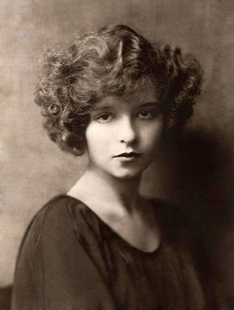 Clara Bow Nude Photos 17