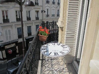YES....Sunny balconny: perfect to enjoy a nice breakfast