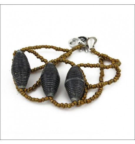 Nakisisa Bracelet, golden glass beads, black paper beads. From 22STARS.