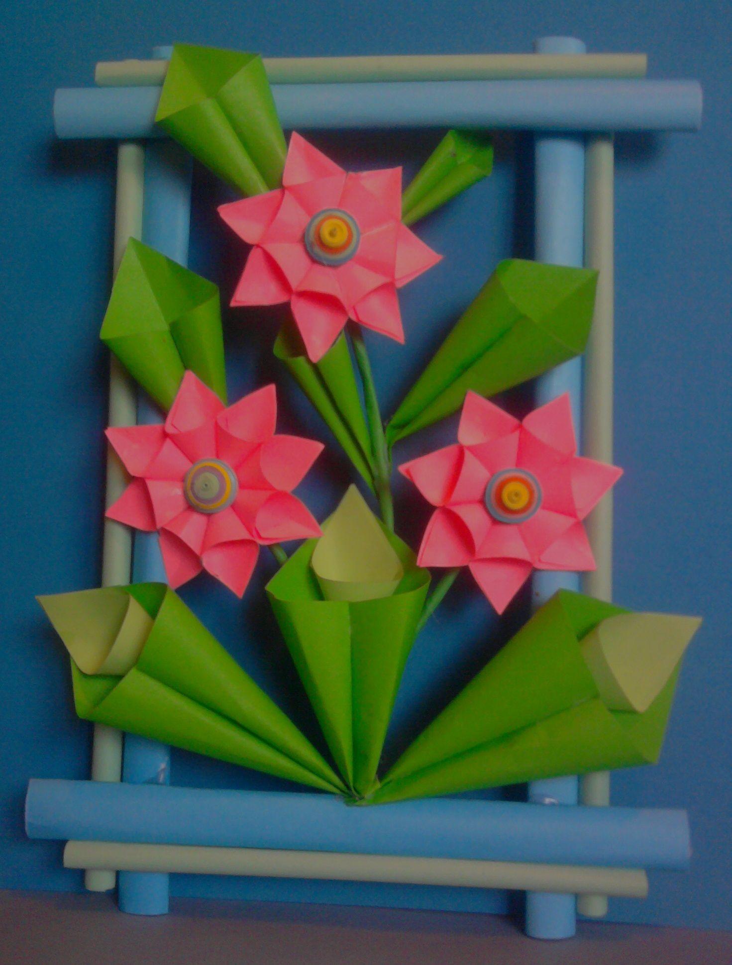 Kwiaty Z Papieru Ikebana Prace Plastyczne Dariusz Zolynski Flowers Paper Paper Flowers Orgiami Kir Paper Flower Crafts Paper Crafts Diy Flower Crafts
