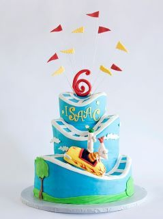 love this Phineas and Ferb cake