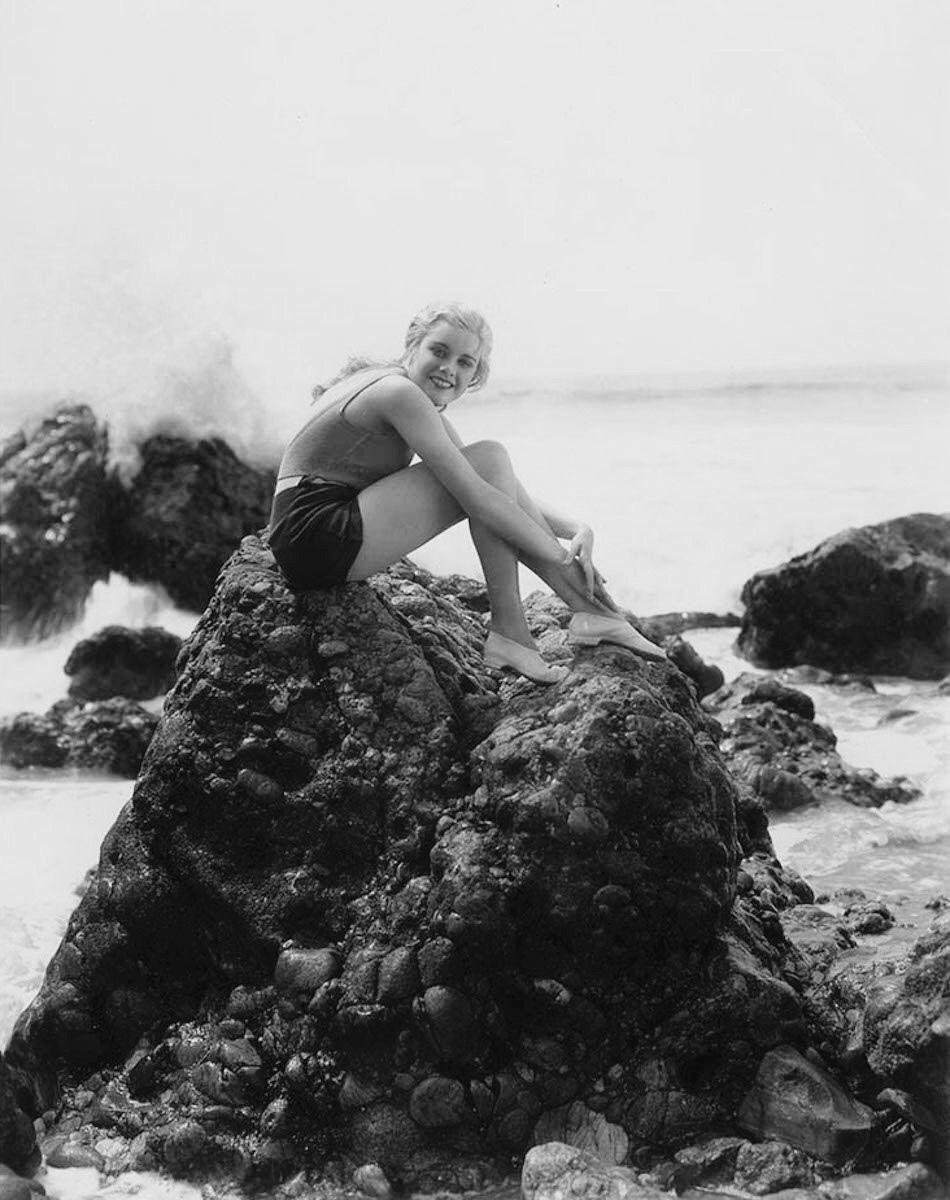 K Brosas (b. 1975) picture