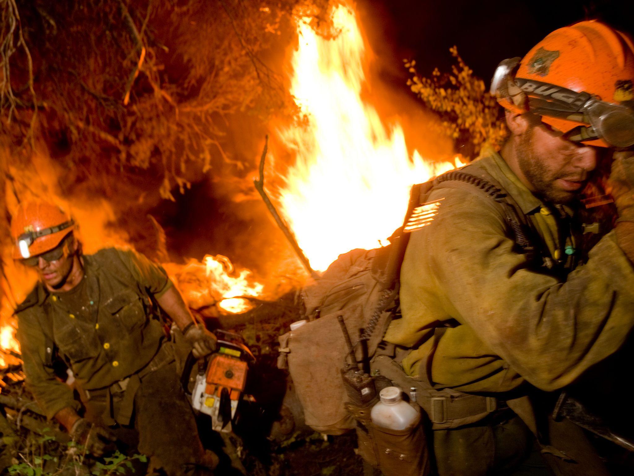 Id_120812_0846 wildland firefighter wildland fire