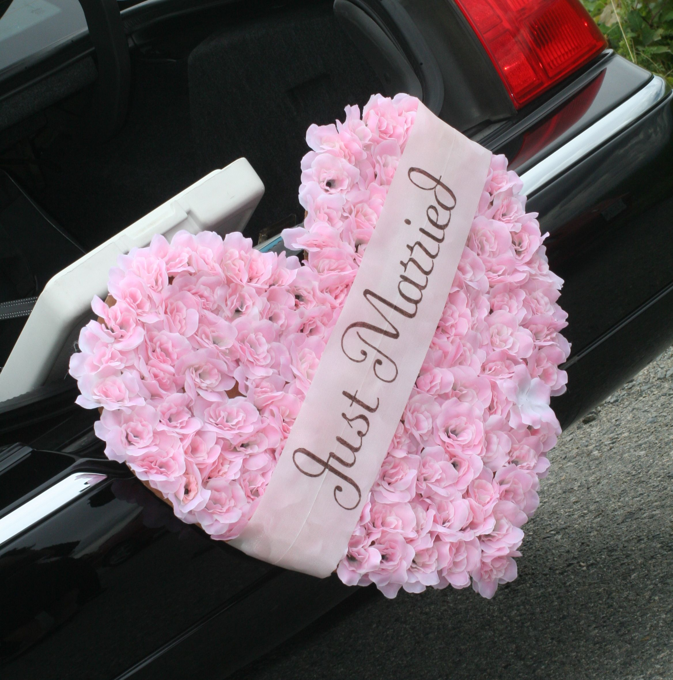Just Married | Flowers, Wedding cars and Wedding