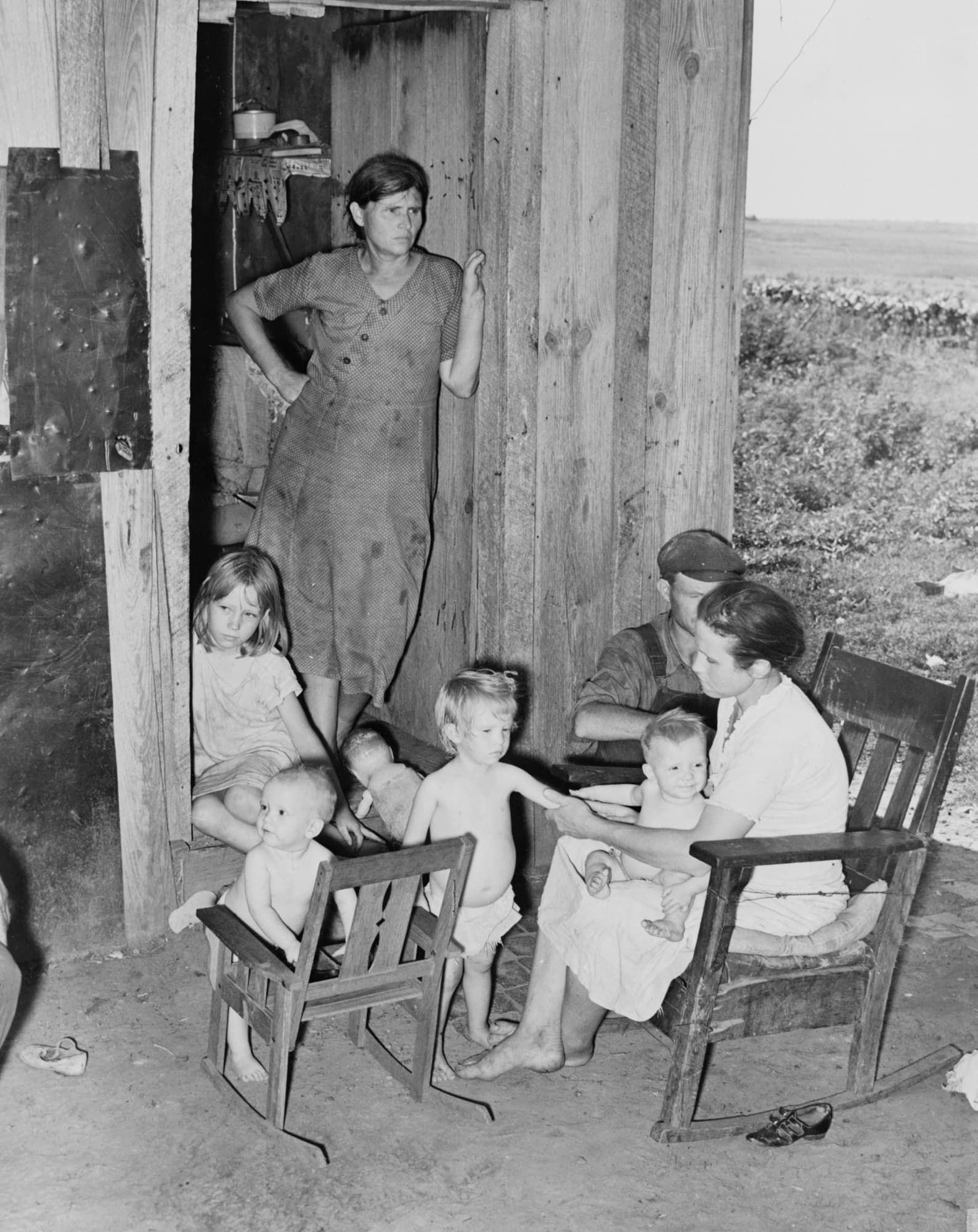 Day Labors At Shack Dust bowl, Photo, Historical photos