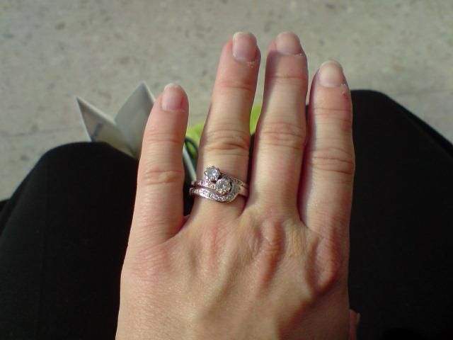 How To Wear Engagement Ring And Wedding Band Together 17