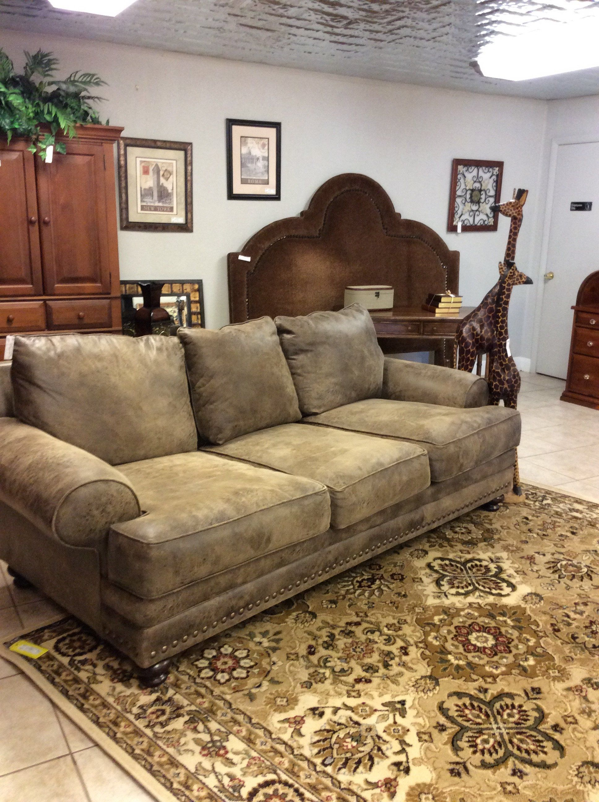 This Sofa Has Very Deep But Comfortable Seats All 6 Of The Cushions Are Removable Nailhead Accents And Wooden Feet Usually Found On Sofas That