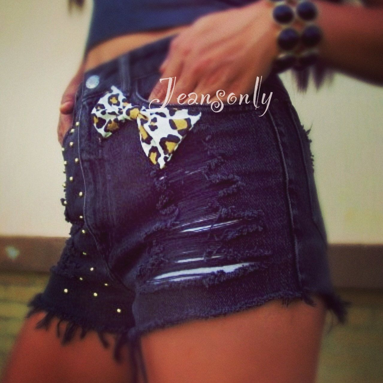 Leopard Bow and Studded Shorts ...  -luv the bow (;
