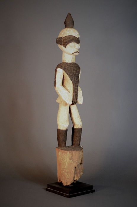 Nu in de #Catawiki veilingen: African Tribal IGBO Protection Shrine pole. Nigeria.
