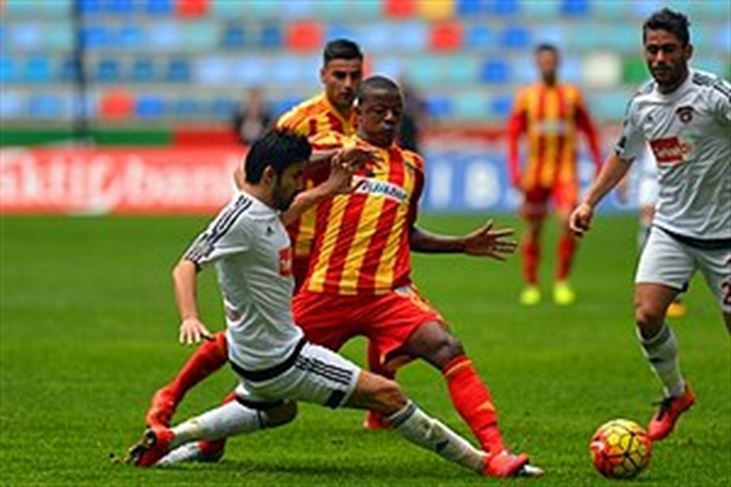 Kayserispor 2-2 Gaziantepspor - http://www.habergaraj.com/kayserispor-2-2-gaziantepspor-201796.html?utm_source=Pinterest&utm_medium=Kayserispor+2-2+Gaziantepspor&utm_campaign=201796