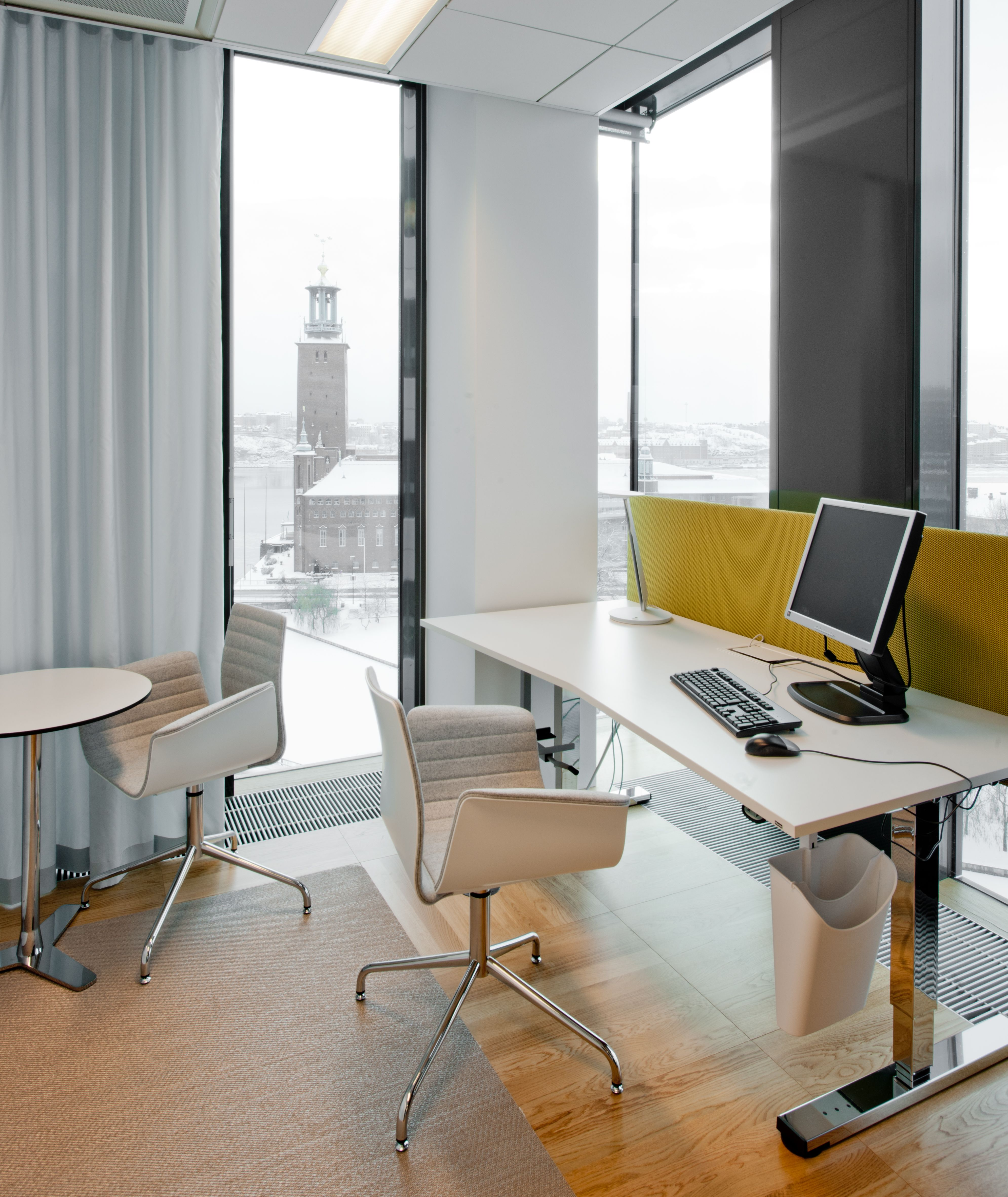Meeting chair designed by enzo berti for bross at nuac